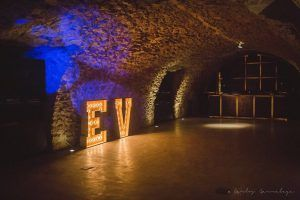 Illuminated letters at Castell d'Empordà - Giant wooden letters at La Cova