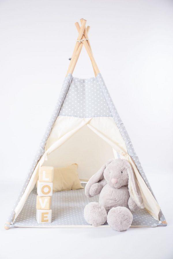 Cubos de madera con letras LOVE de BCN LETTERS para regalar