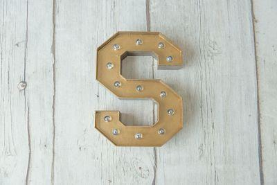 Letras luminosas de cartón de 30 cm - Bronce - Acabado Natural - BCN LETTERS