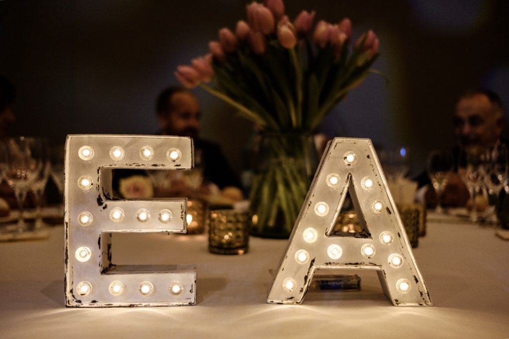 Letras luminosas para bodas Barcelona - BCN LETTERS