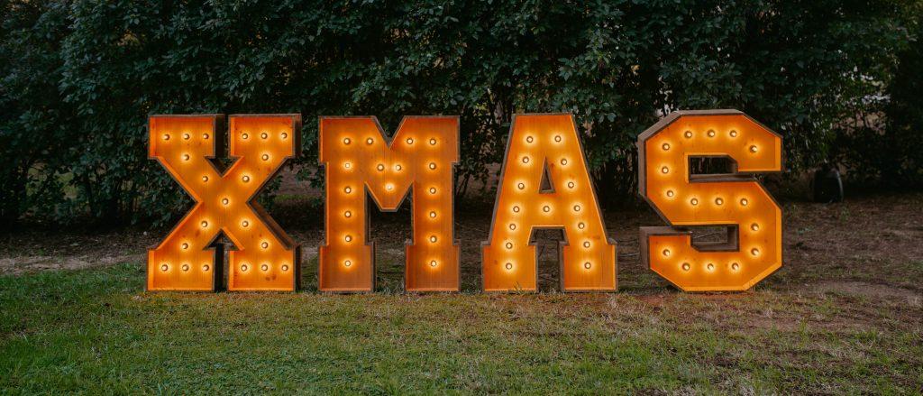 Pack de letras con luces para navidad XMAS de alquiler en Barcelona- BCN LETTERS