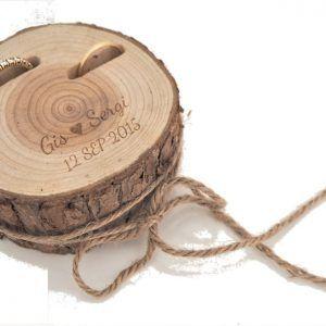Tronco porta alianzas de madera personalizado para anillos boda - BCN LETTERS
