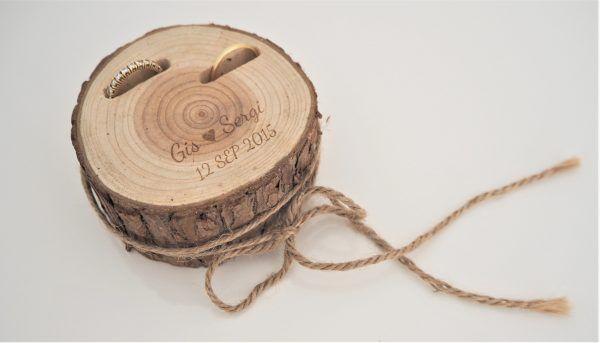 Porta alianzas de madera personalizado - BCN LETTERS
