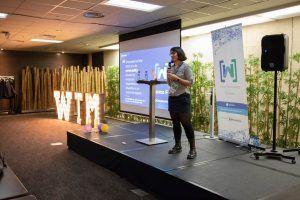 Letras de madera de alquiler en el evento Women Tech Makers de Barcelona - BCN LETTERS