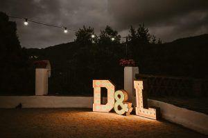 Letras luminosas para bodas de alquiler