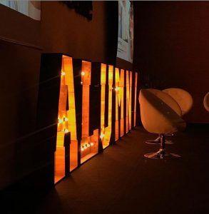 Letras luminosas en La Salle Alumni - BCN LETTERS