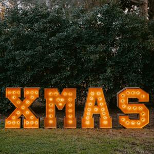 Alquiler de letras luminosas XMAS para navidad - BCN LETTERS
