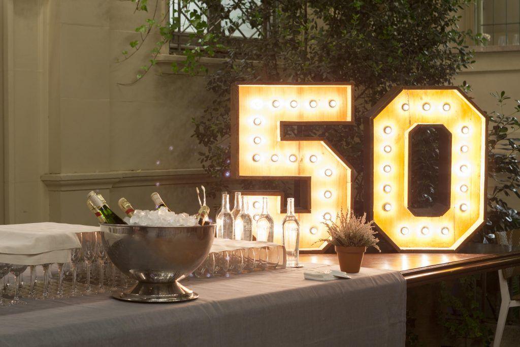 Letras luminosas de alquiler para cumpleaños Barcelona