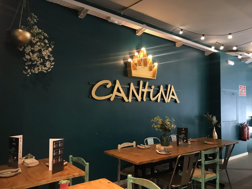 rótulo luminoso para Cantina - BCN LETTERS