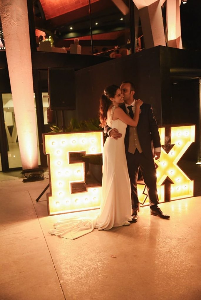 Alquiler letras luminosas en ESFERIC para bodas Barcelona - BCNLETTERS