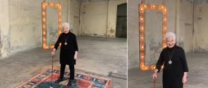 Alquiler marco luminoso de madera fotocall bodas y eventos BARCELONA - LETTERS