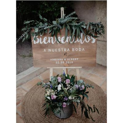 Cartel de bienvenida para bodas de madera - BCN LETTERS