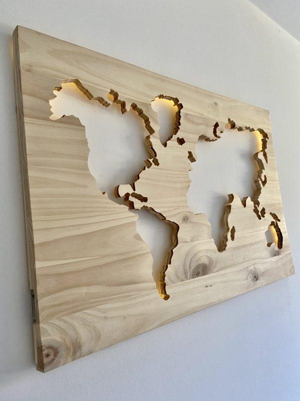 World wooden map - BCN LETTERS