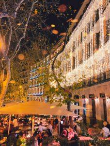 Letras luminosas gigantes para Navidad en Ramses ARZAK en Madrid - BCN LETTERS