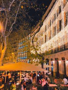 Letras luminosas gigantes para Resaurante Ramses ARZAK en Madrid - BCN LETTERS